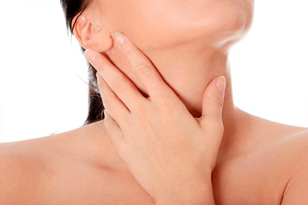 Чем можно полоскать горло